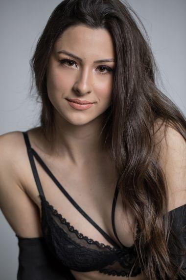 Ana Clara M